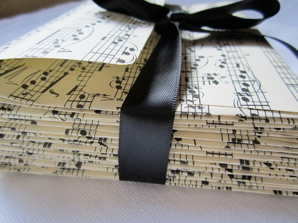 As For The Wedding Cake We Love These Decorations Music Theme