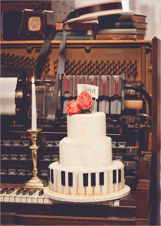 Cake Design Un Piano : A Musical Wedding Theme - Arabia Weddings