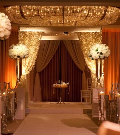 Your wedding inspired by jennifer lopez arabia weddings and for you wedding invitationthink glam and gold junglespirit Images