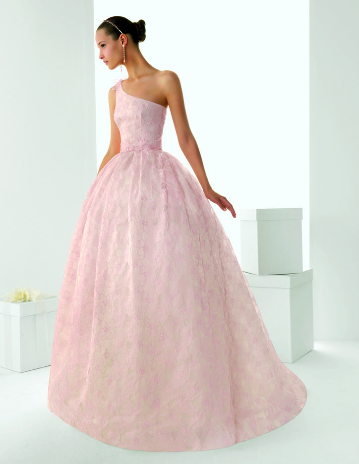 Images Of Blush Wedding Dresses : Rosa clara s blush wedding dresses revealed arabia weddings