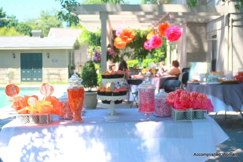 Pool Wedding Decoration Ideas: Pool Party For The Bride