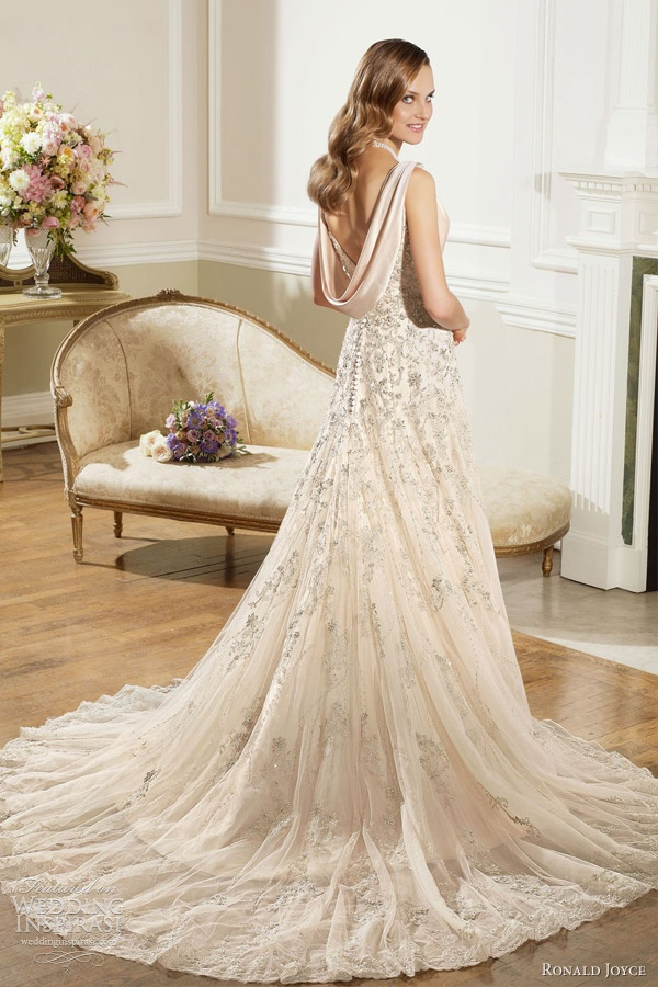 Latest wedding dress color ivory arabia weddings for Wedding dresses in color