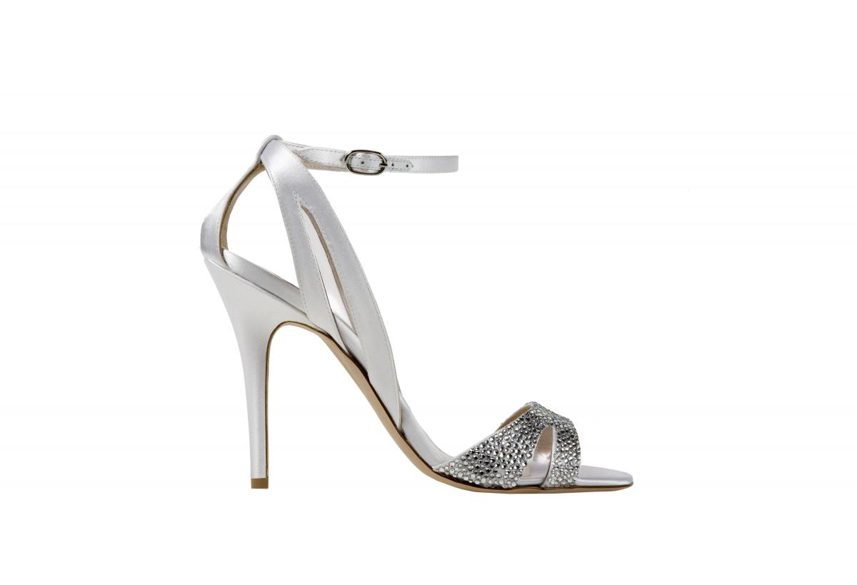 Monique Lhuillier Bridal Shoe Collection for Fall Winter ...