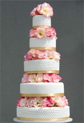 meaning of wedding cake tiers the true meaning some wedding traditions arabia 17247