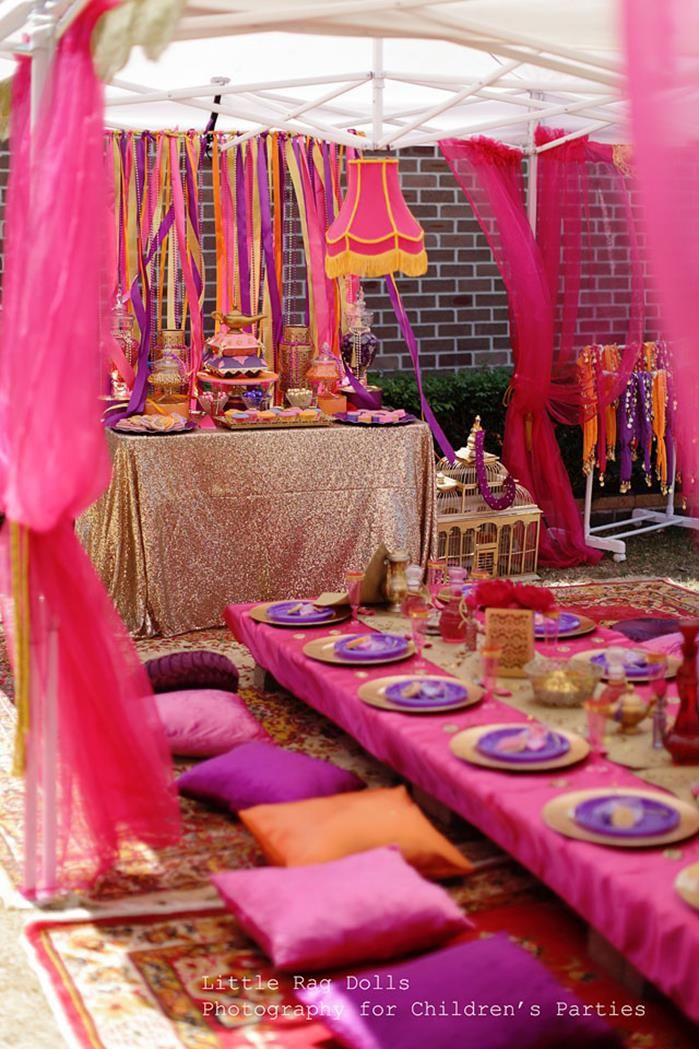 Mehndi Party : Great ideas for your henna party setting this eid