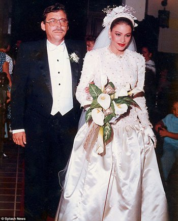sofia_vergaras_teen_wedding1.jpg