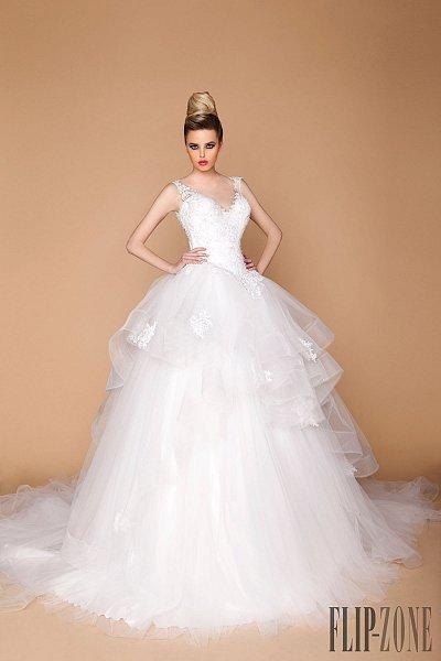 tony_chaaya_2015_bridal_collection_2