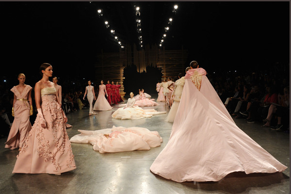 ezra_collection_fashion_forward_dubai