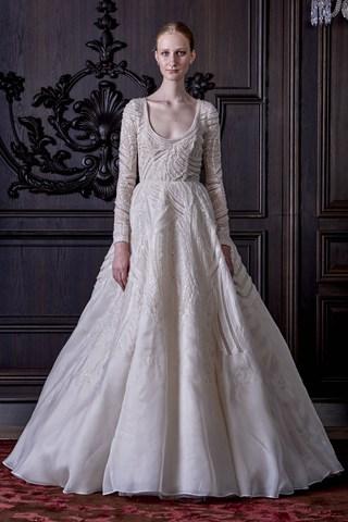 monique_lhuillier_2016_spring_bridal_collection_18