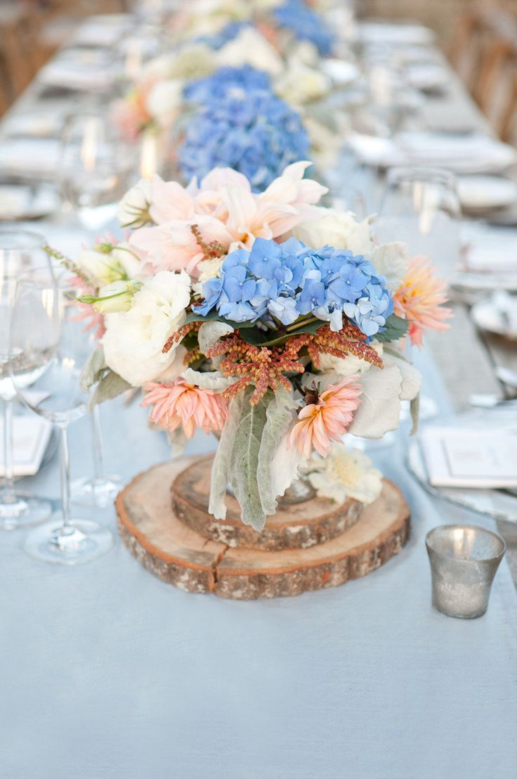 peach and light blue wedding cake your wedding in colors blue and arabia weddings 18131
