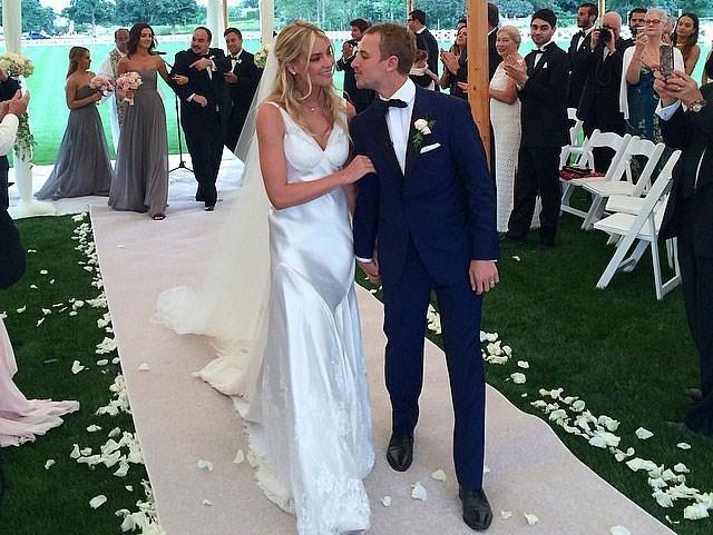 elyse_taylor_wedding_1
