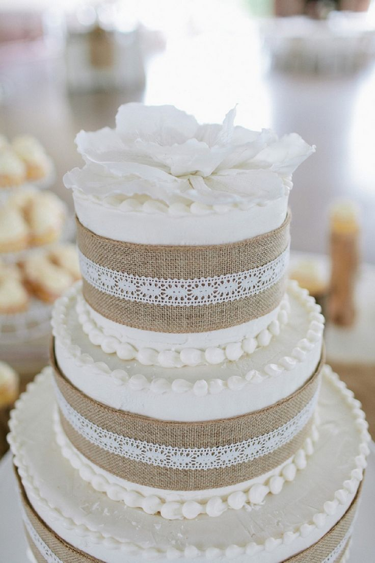 7 Pretty Wedding Cake Ideas for Your Fall Wedding - Arabia Weddings