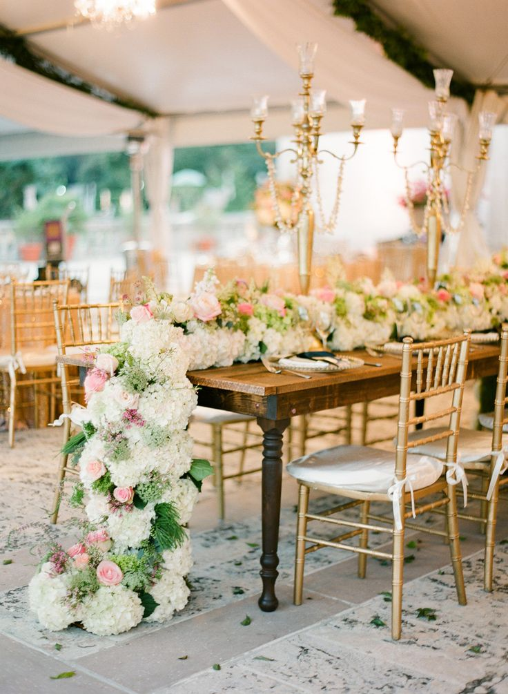 wedding_table_runner_flowers