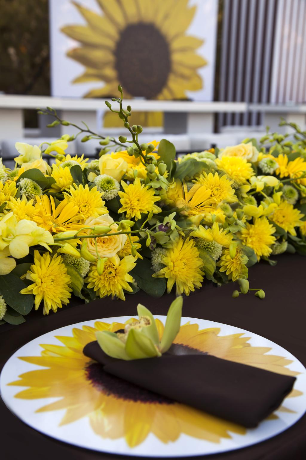 A Luxurious Sunflower Wedding Theme