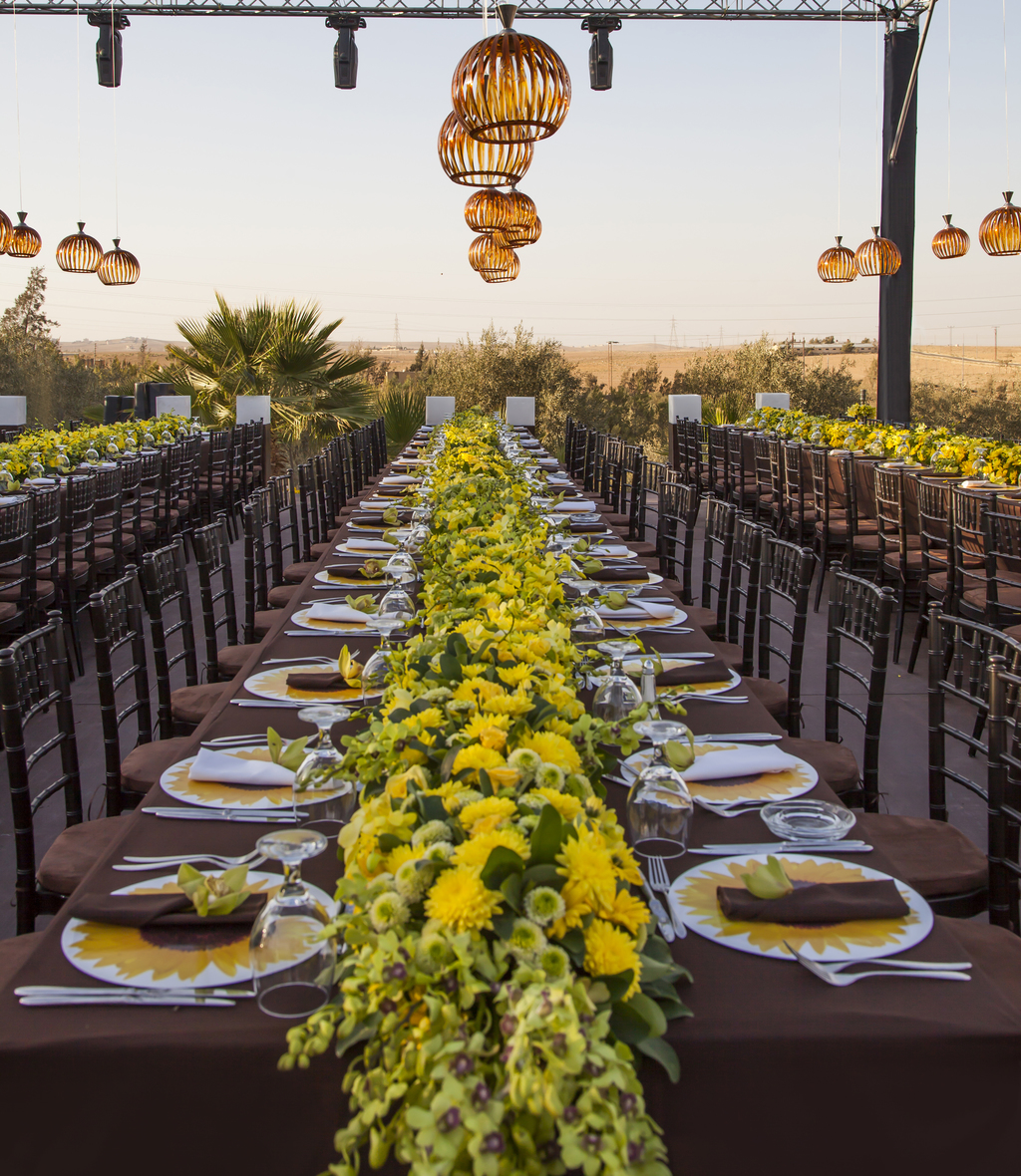 So Summery And Sweet A Sunflower Wedding Theme Arabia Weddings