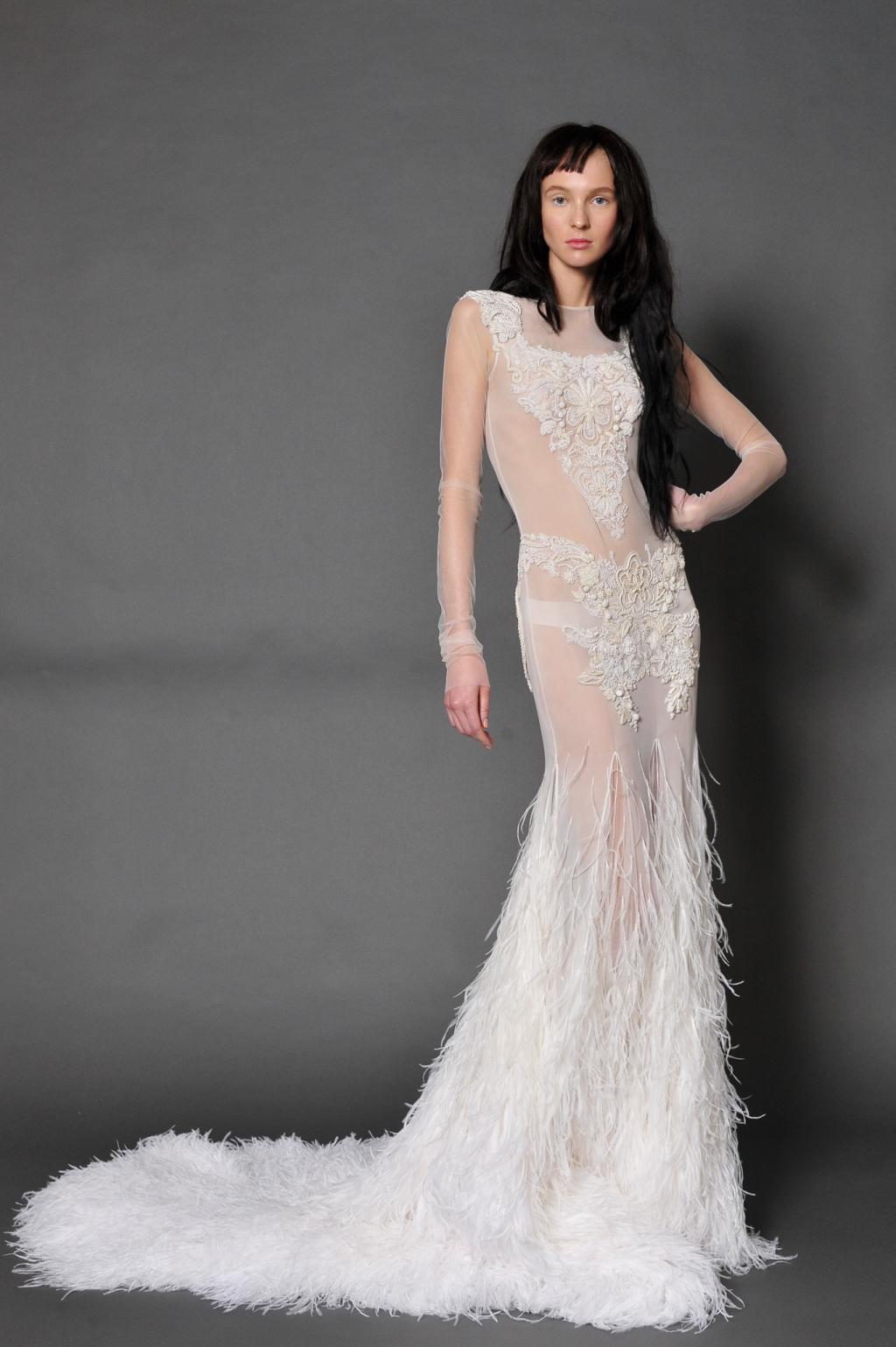 Vera Wang's Fall 2016 Wedding Dress Collection
