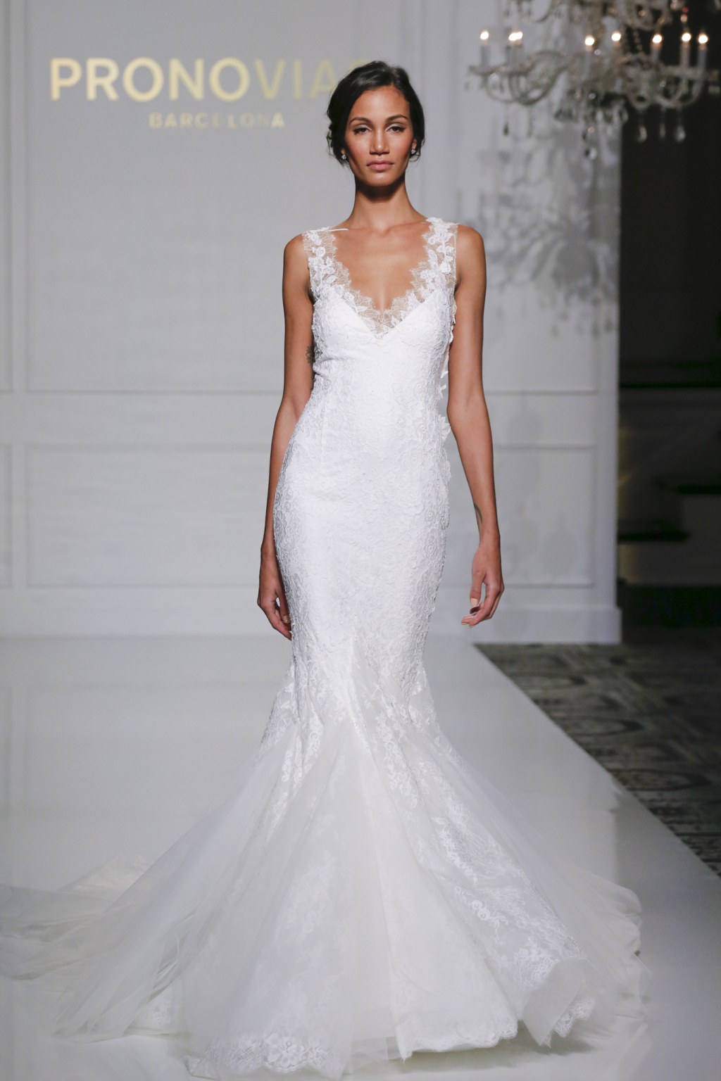 Wedding Gowns New York Stores : Pronovias fall wedding dress collection arabia weddings