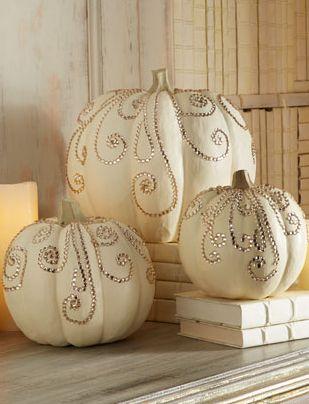 all_white_wedding_pumpkin