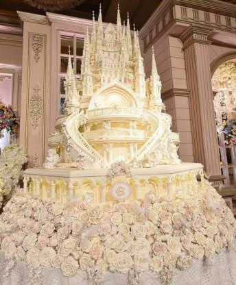 Indonesian Castle Wedding Cake