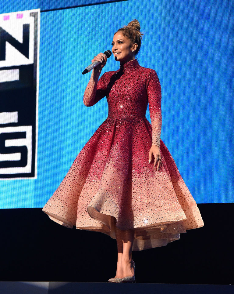 Your Engagement Dress Inspiration By Jennifer Lopez