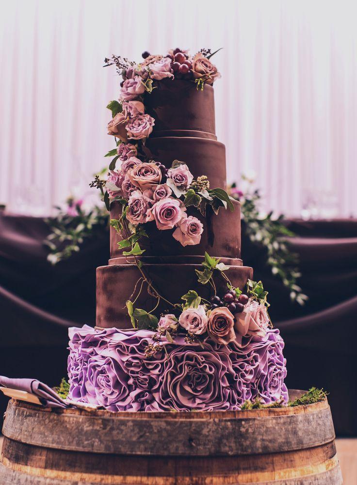 Beautiful Wedding Cakes 2 Vintage chocolate wedding cake