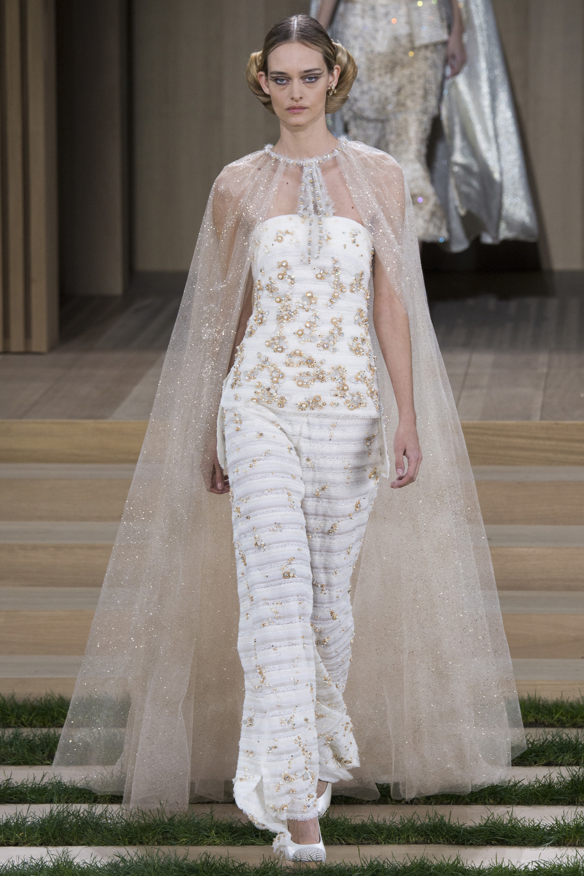 The chanel spring 2016 haute couture collection arabia for Haute couture collection