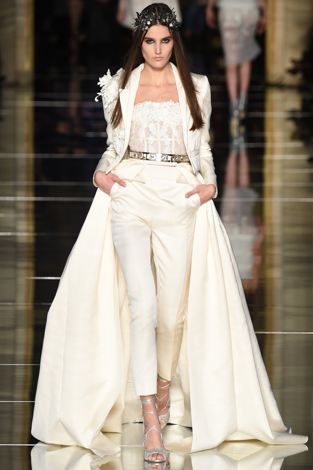 The latest zuhair murad haute couture collection arabia for Alta couture