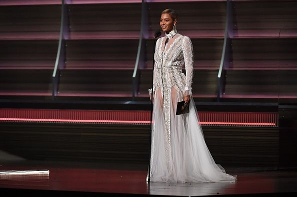 Top 20 Wedding Grand Entrance Songs 2016 Bridal Party: Beyonce Wore A Wedding Dress To The Grammy Awards