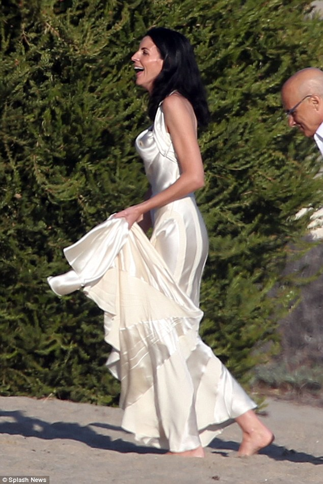 Pictures liberty ross recycles her wedding dress for the for Ross wedding dresses