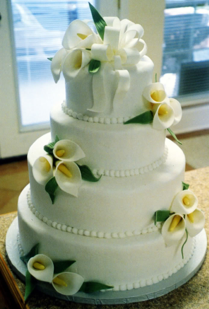 Calla Lilly Wedding Cake 1