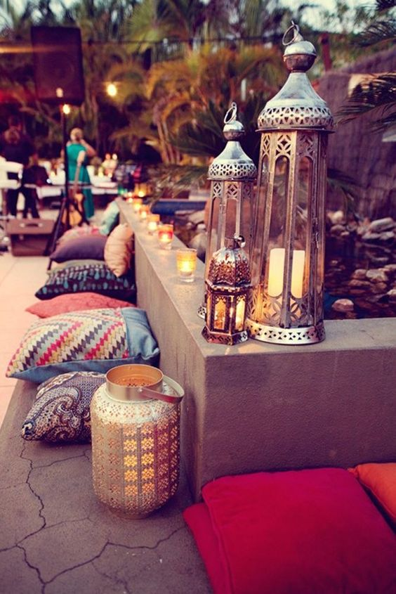 Arabian nights wedding theme arabia weddings for Arabian night decoration