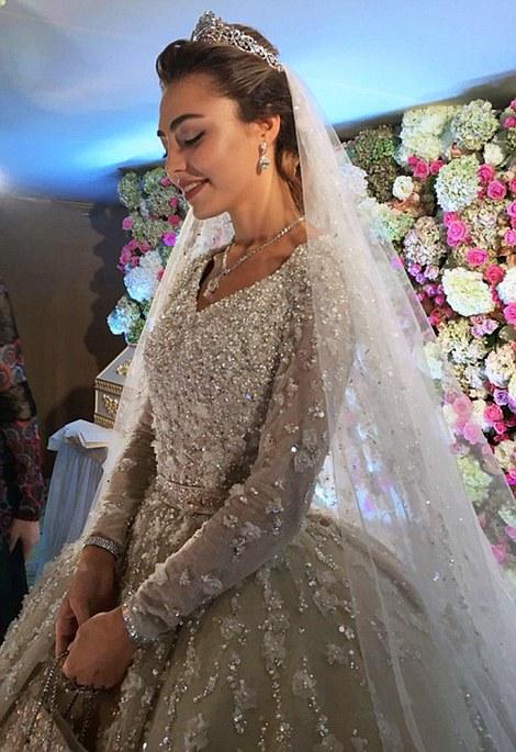 Muslim Wedding Dresses Pictures 28 Epic bride