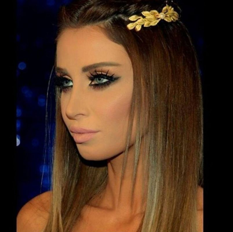 Arab Celebrity Headpieces - Arabia Weddings