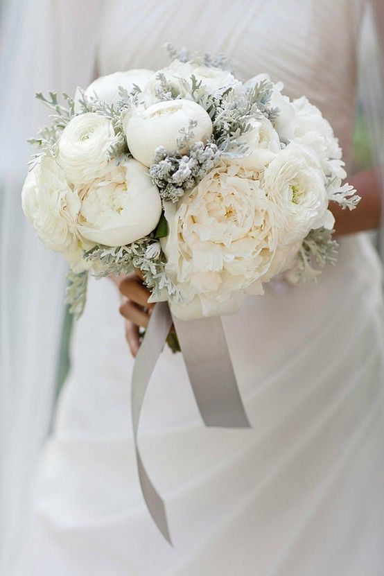 White Flowers For Wedding 16 Simple pisces bride