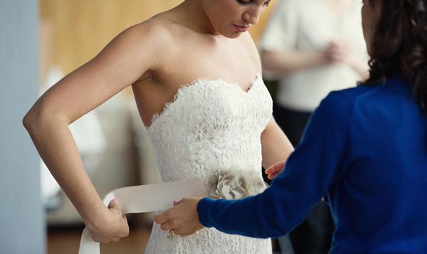 Things to know before you go wedding dress shopping for Paying for a wedding dress