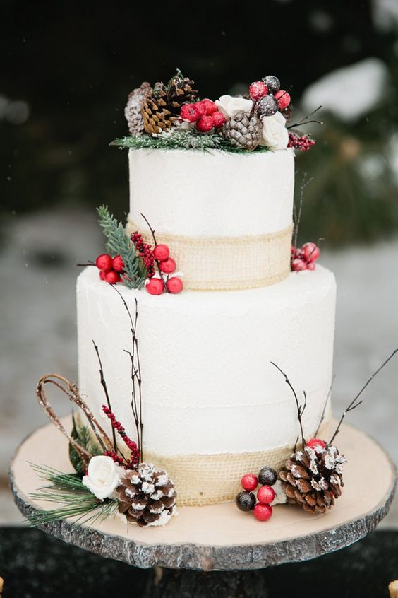 Berry Decorated Wedding Cakes For Winter Arabia Weddings