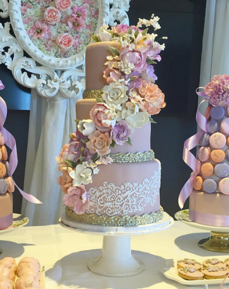 24b2eb715a3 Luxury Bridal Shower Cakes by Fine Cakes By Zehra