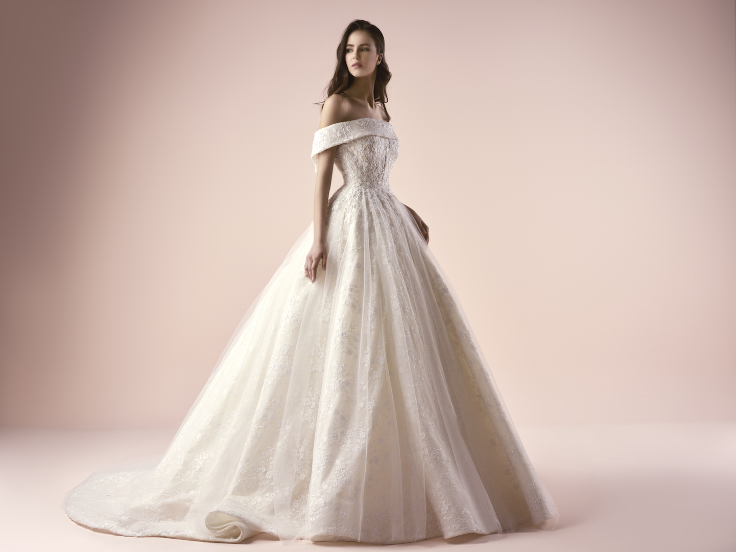 Classic Wedding Dresses 2018: Saiid Kobeisy's Bridal 2018 Collection Is All About