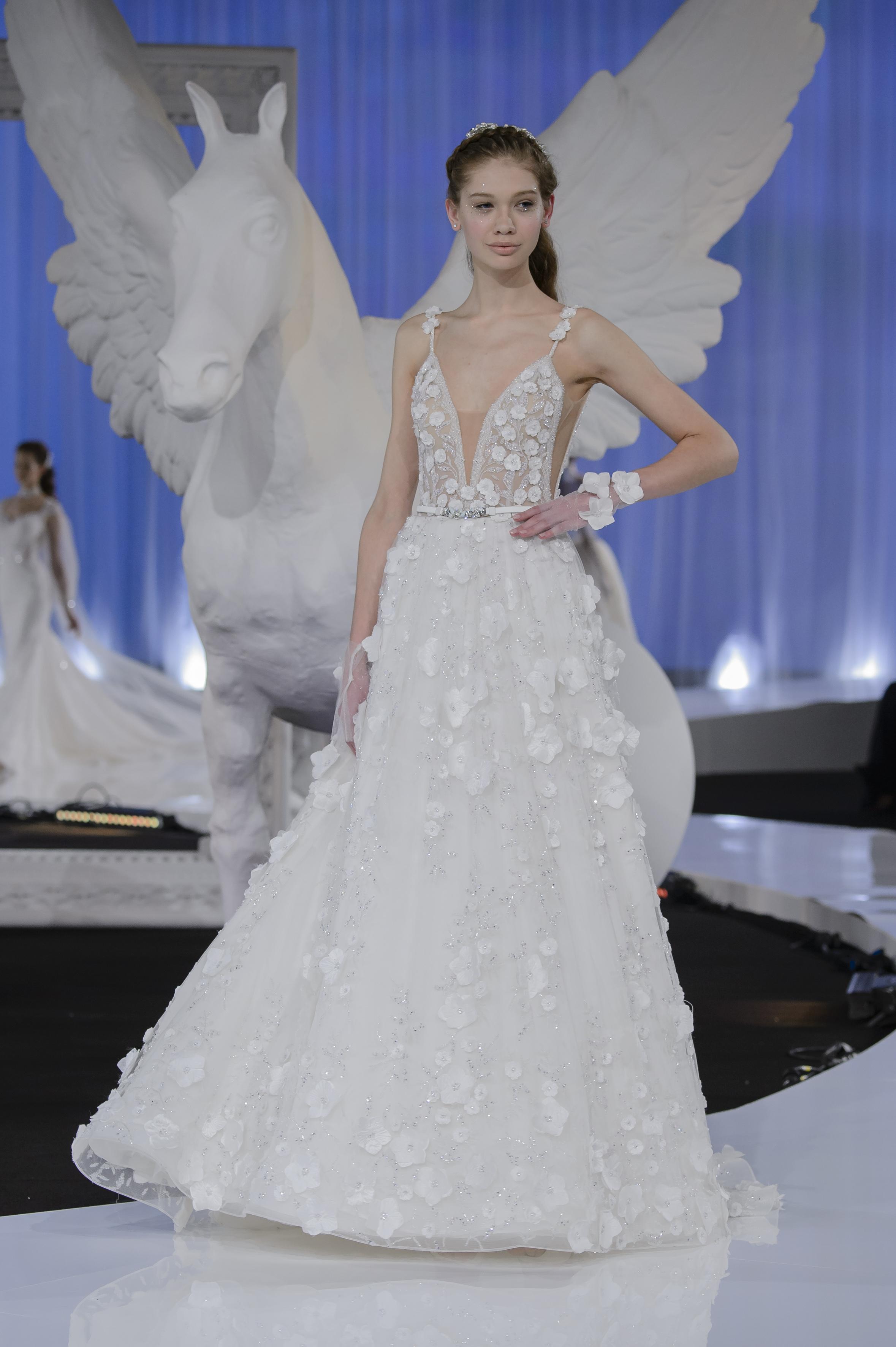 Nicole 2018 bridal collection the neverending story Nicole wedding dress 2018