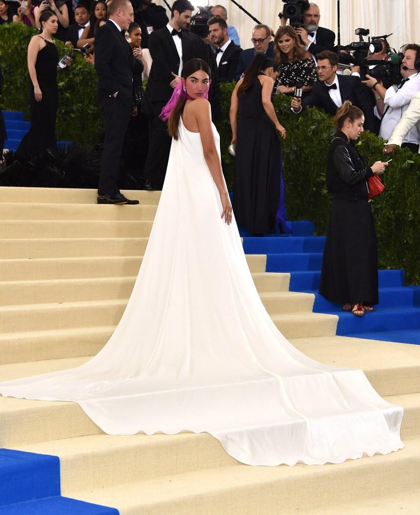 Wedding Dresses Ralph Lauren 43 Superb Lily Aldridge in Ralph