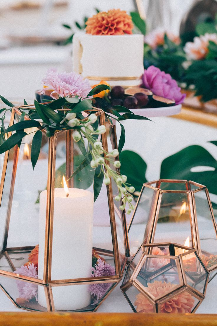 Ideas for bronze copper wedding table decoration arabia for Table style design