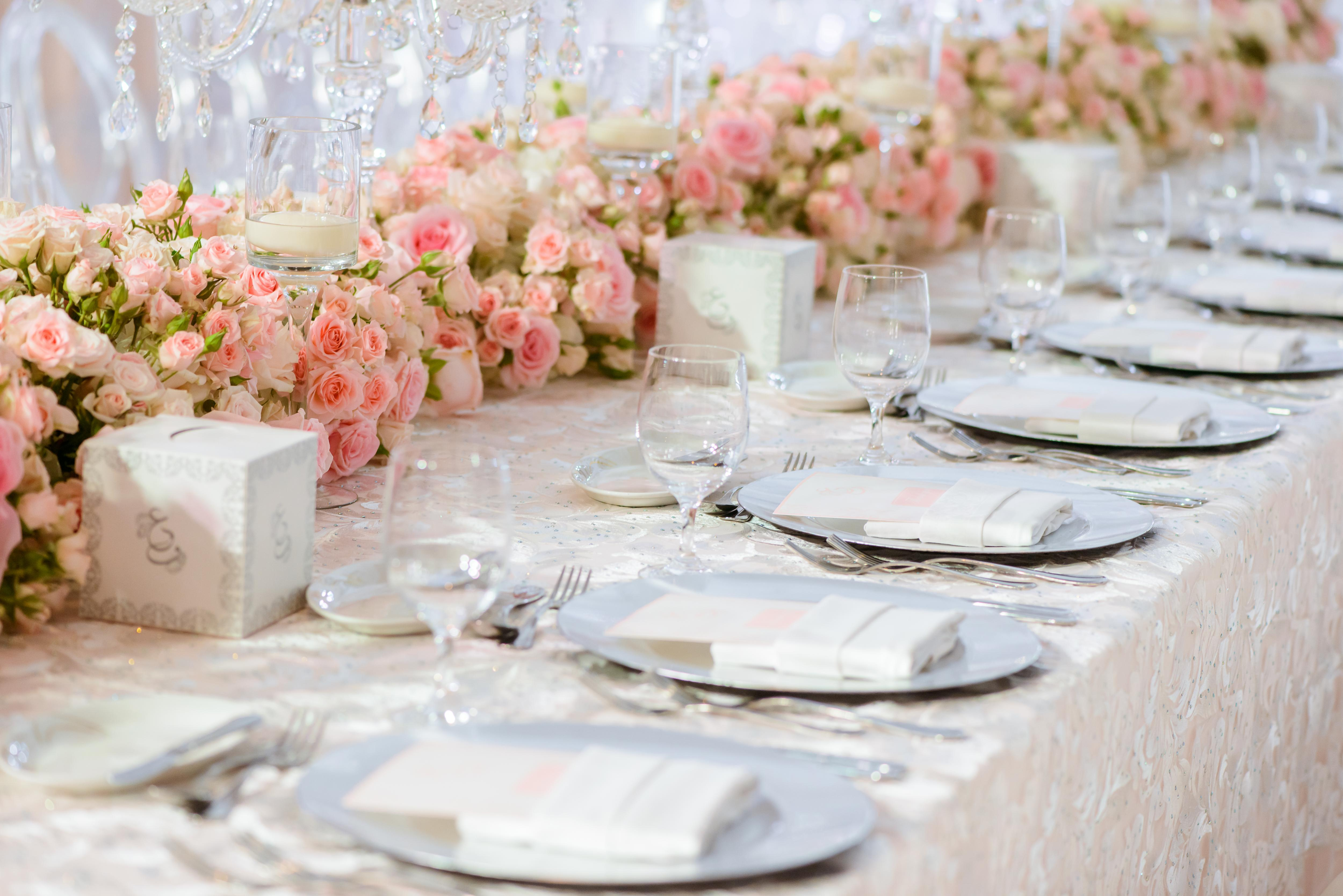 Beautiful Table Flower Runners by Bianca Event Styling - Arabia Weddings