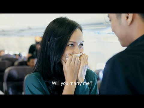 30.000 feet Above Ground Wedding Proposal Mob